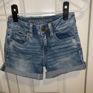 AEO Light Wash Denim Shorts